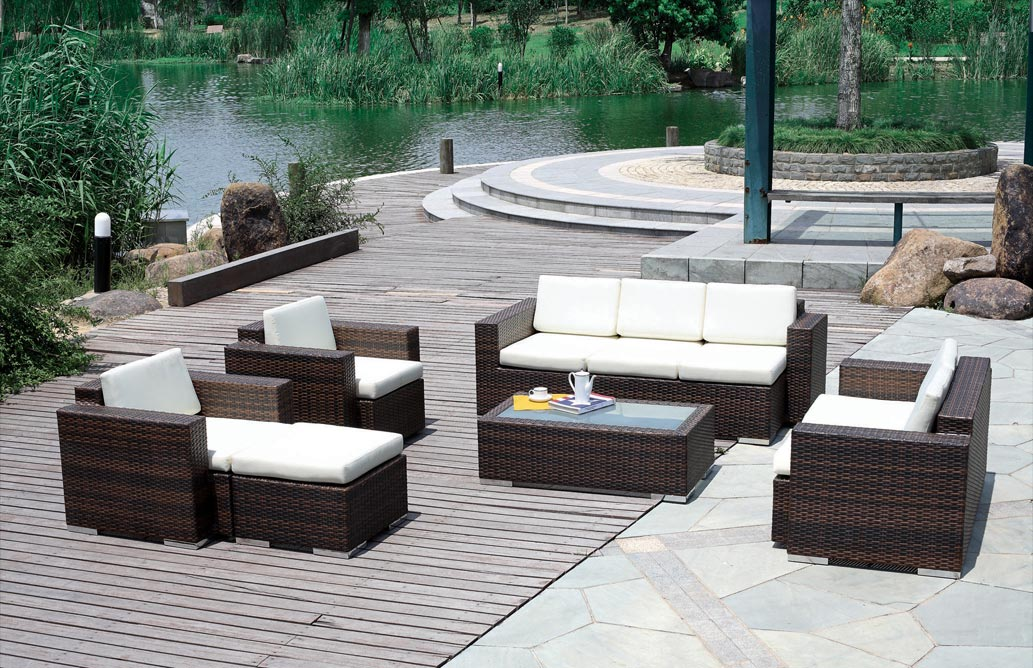 Rattan Garden Furniture Sets Provide Seating With A Sense Of Style