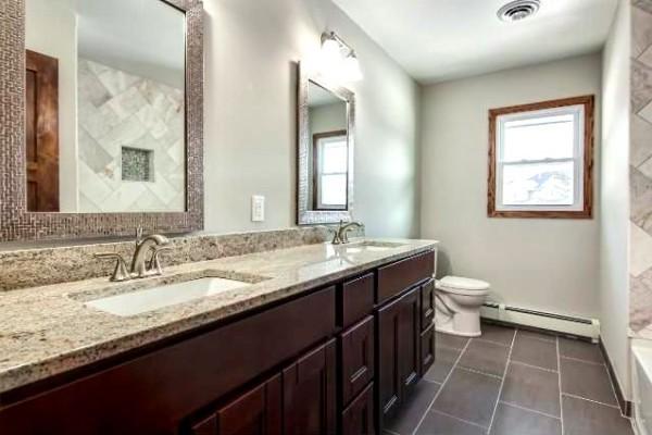 3 Ways Floating Vanities can do Wonder to Your Bathroom Interior