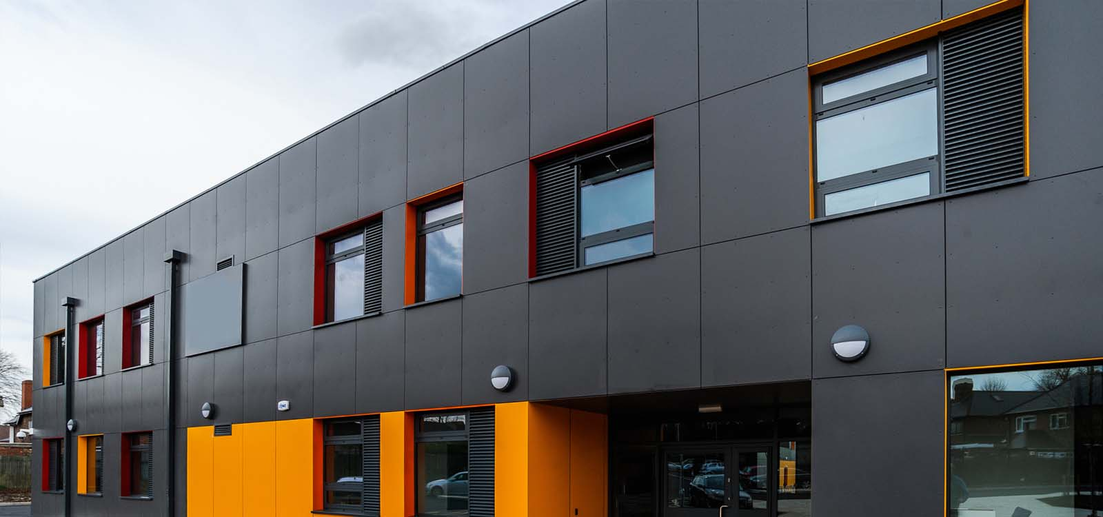 Choosing the Right Aluminium Composite Panel for the Exterior Facade